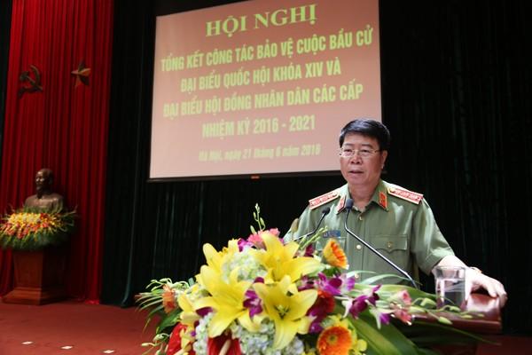 Thượng tướng Bùi Văn Nam, Ủy viên Trung ương Đảng, Thứ trưởng Bộ Công an phát biểu chỉ đạo tại hội nghị