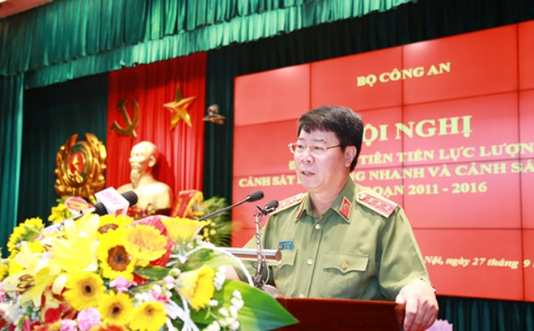 Thượng tướng Bùi Văn Nam, Ủy viên TƯ Đảng, Thứ trưởng Bộ Công an phát biểu chỉ đạo tại Hội nghị