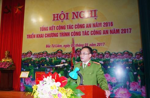 Đại tá Nguyễn Thanh Tùng tiếp thu ý kiến chỉ đạo tại hội nghị