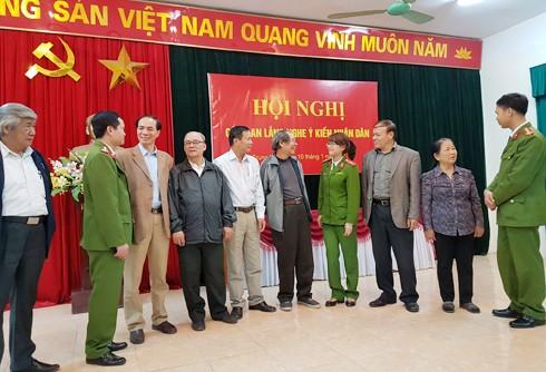 """Hội nghị lắng nghe ý kiến nhân dân của CAP Trung Văn được xem như buổi """"tiếp xúc cử tri"""" của lực lượng công an phường"""