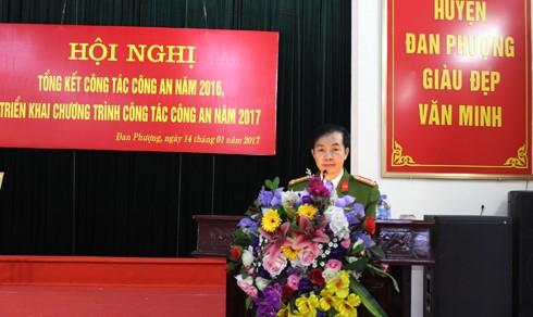 Đại tá Nguyễn Văn Khanh, Trưởng CAH Đan Phượng tiếp thu ý kiến chỉ đạo của lãnh đạo cấp trên