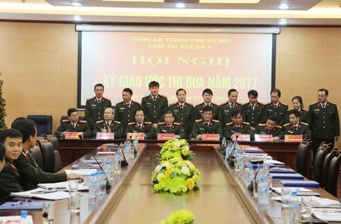 8 đơn vị trong Cụm thi đua số 4 ký giao ước thi đua