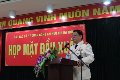 Thiếu tướng Đoàn Duy Khương, Giám đốc CATP phát biểu tại buổi gặp mặt
