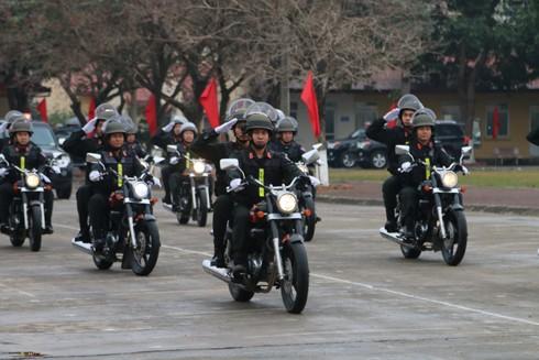 Lực lượng Cảnh sát đặc nhiệm cơ động ngày càng chính quy tinh nhuệ, hiện đại với nhiều vũ khí, phương tiện tối tân