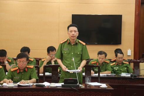 Đại tá Nguyễn Hồng Ky, Trưởng phòng CSĐT - TP về ma túy CATP báo cáo sơ kết 3 chuyên đề của lực lượng CSĐT - TP về ma túy đang thực hiện