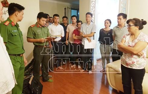 Cơ quan An ninh điều tra CATP Hà Nội công bố lệnh bắt và khám xét khẩn cấp nơi ở của Đậu Thị Hương