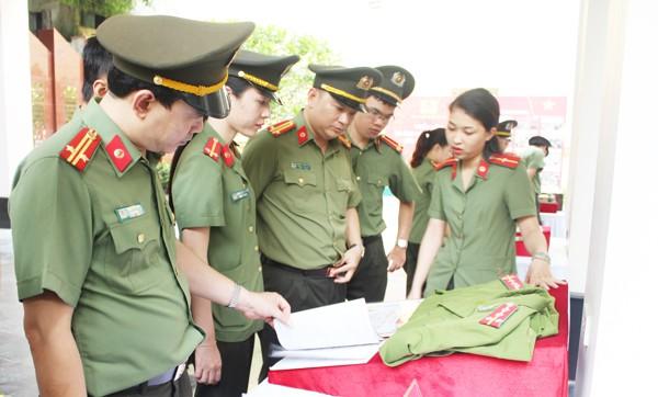 Tri ân sự hy sinh cao cả của các chiến sỹ Công an Thủ đô