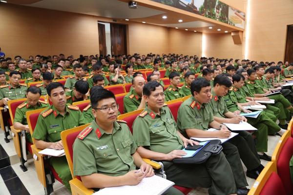 Hội nghị tập huấn dành cho 600 cán bộ chủ chốt từ cấp Đội của các đơn vị thuộc CATP Hà Nội