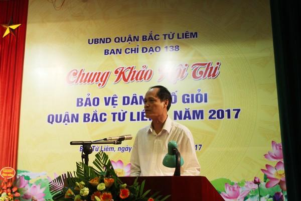 Ông Đỗ Mạnh Tuấn, Chủ tịch UBND quận Bắc Từ Liêm phát biểu chào mừng hội thi