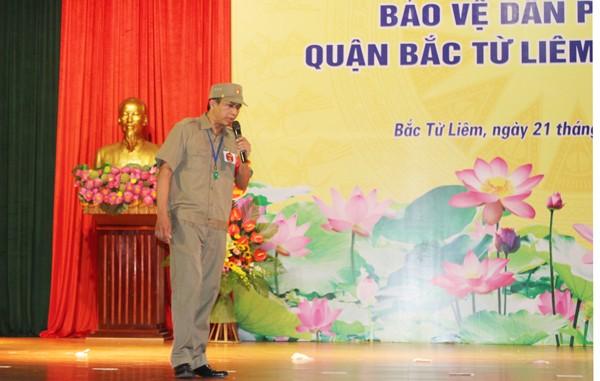 Phần thi thuyết trình của Ban Bảo vệ dân phố phường Xuân Đỉnh đã giành giải xuất sắc