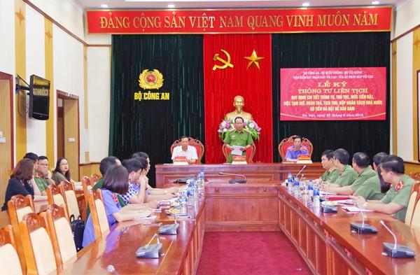 Thượng tướng Lê Quý Vương, Ủy viên Trung ương Đảng, Thứ trưởng Bộ Công an phát biểu tại lễ ký kết