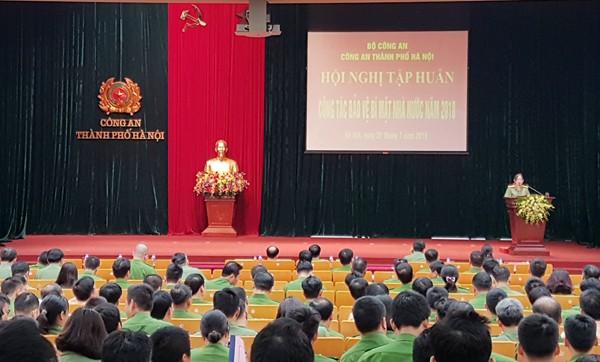 Lớp tập huấn dành cho các đối tượng là lãnh đạo, chỉ huy từ Đội, Phường, Đồn, Thị trấn của Công an 10 quận, huyện, thị xã thuộc CATP Hà Nội