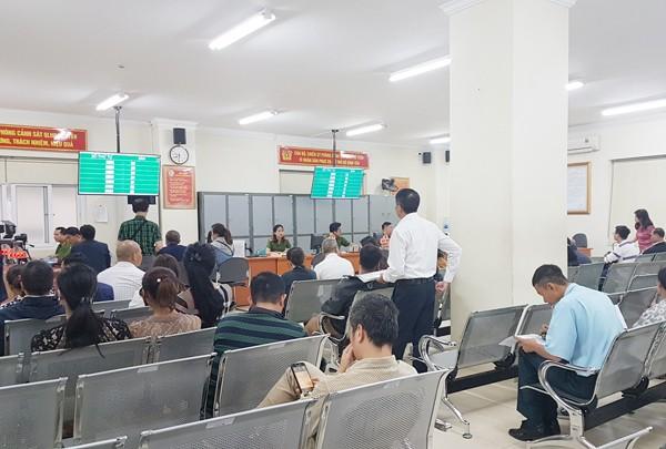 Đại đa số người dân đều hài lòng khi đến làm thủ tục hành chính tại bộ phận tiếp dân của lực lượng CAND