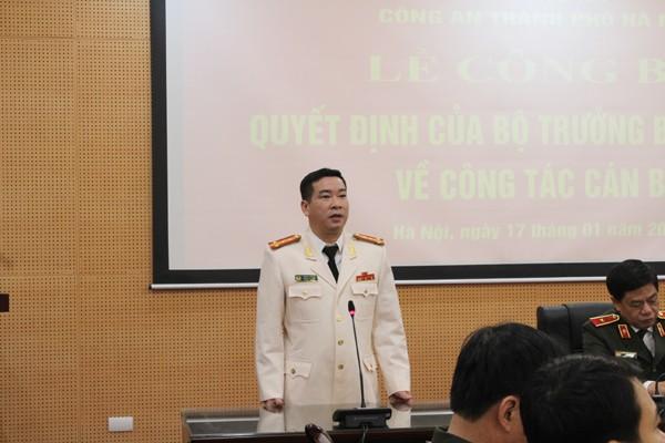Đại tá Phùng Anh Lê, Trưởng phòng CSKT - CATP Hà Nội phát biểu nhận nhiệm vụ