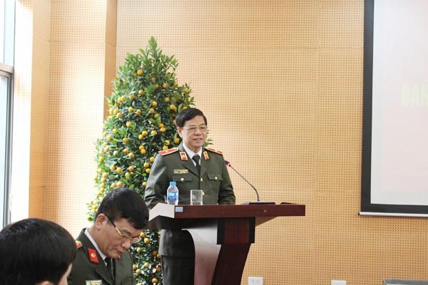Thiếu tướng Đoàn Duy Khương, Ủy viên Ban Thường vụ Thành ủy, Bí thư Đảng ủy, Giám đốc CATP chủ trì hội nghị