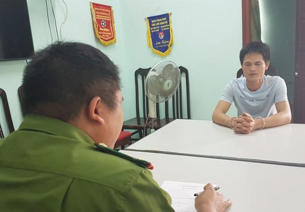 Lấy lời khai đối tượng Nguyễn Bá Sơn tại cơ quan công an