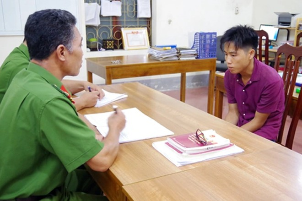 Cơ quan CSĐT Công an tỉnh Hà Giang lấy lời khai Giàng Mí Tỉnh