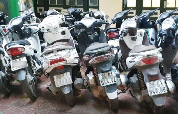Nhiều xe máy tay ga đắt tiền đã bị đưa sang Trung Quốc tiêu thụ