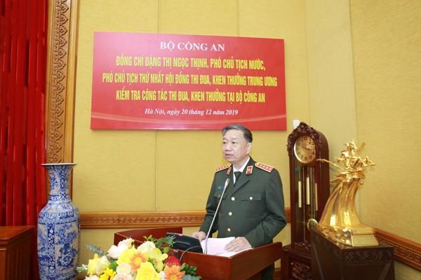 Đại tướng Tô Lâm, Ủy viên Bộ Chính trị, Bộ trưởng Bộ Công an, Chủ tịch Hội đồng TĐKT Bộ Công an chủ trì tiếp đoàn công tác