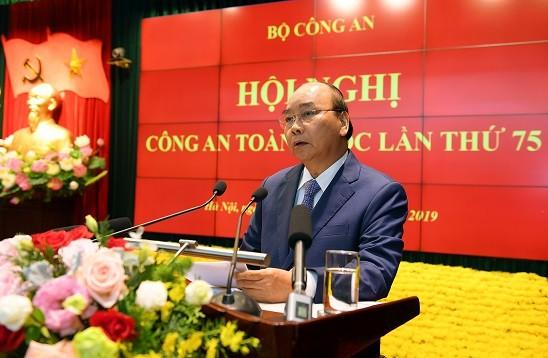 Thủ tướng Chính phủ Nguyễn Xuân Phúc chỉ đạo tại hội nghị