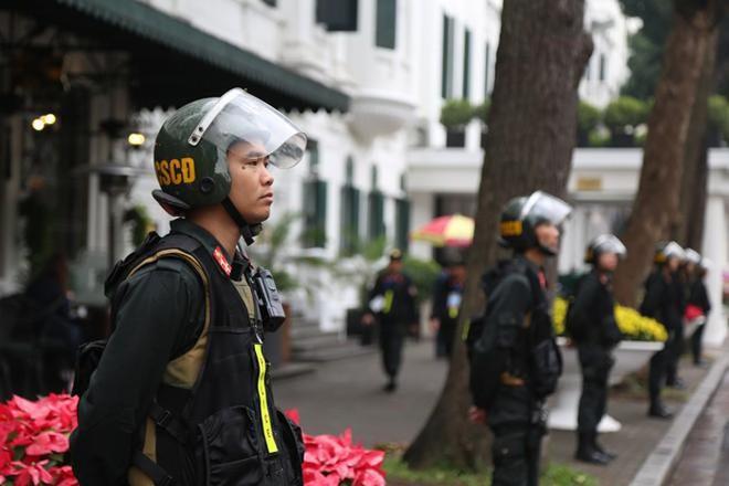 Cảnh sát bảo vệ mục tiêu đảm bảo an toàn hội nghị thượng đỉnh Mỹ -Triều