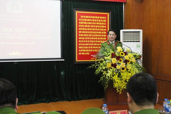 Đại tá Nguyễn Văn Viện, Phó Giám đốc Công an chỉ đạo tại hội nghị