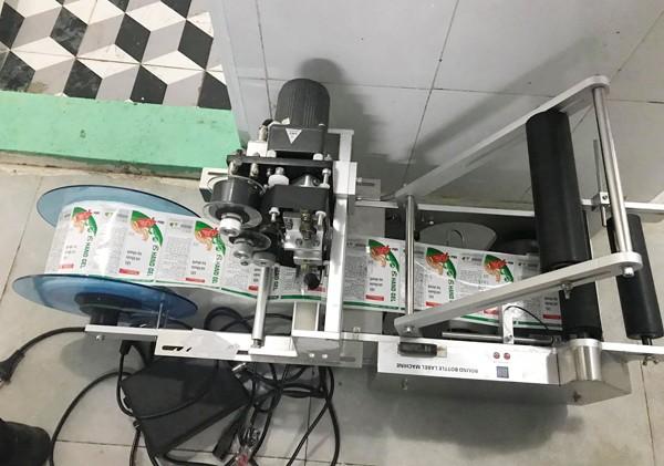 Thu giữ hơn 13.200 lọ nước sát khuẩn, gel rửa tay khô có dấu hiệu không đảm bảo chất lượng ảnh 4