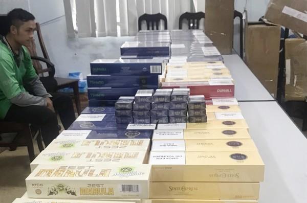 Gần 5.000 bao thuốc lá do nước ngoài sản xuất đã bị cơ quan chức năng thu giữ