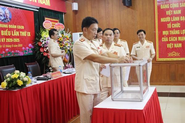 Các đại biểu dự Đại hội bầu Ban chấp hành Đảng bộ Trung đoàn CSCĐ nhiệm kỳ 2020-2025