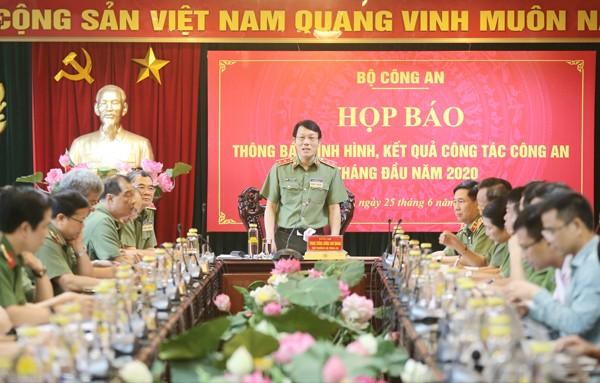Trung tướng Lương Tam Quang, Thứ trưởng Bộ Công an chủ trì buổi họp báo