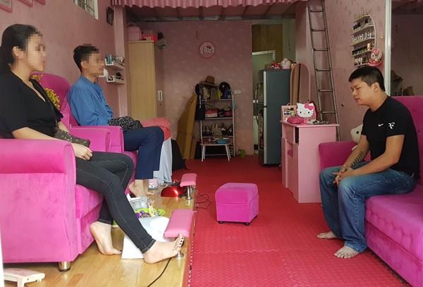 Cơ quan CSĐT - CAQ Nam Từ Liêm thực nghiệm hiện trường vụ bắt giữ người trái pháp luật trong đó Nguyễn Khắc Hải là... bị hại