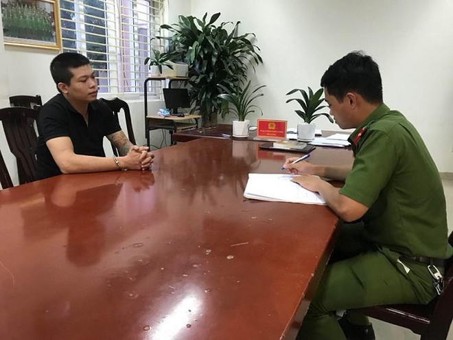 Cơ quan CSĐT - CAQ Nam Từ Liêm ghi lời khai đối tượng Nguyễn Khắc Hải