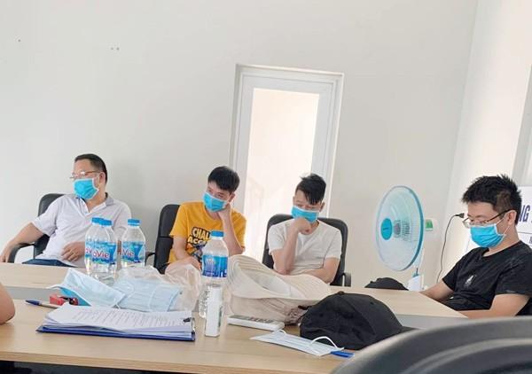 Nhóm đối tượng người Trung Quốc nhập cảnh trái phép vào Việt Nam với mục đích lắp ráp dây chuyền may khẩu trang