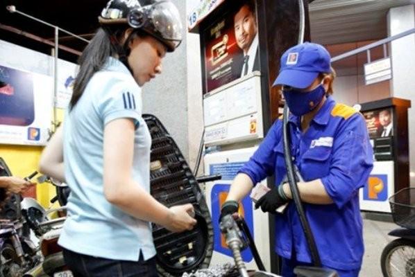Xăng dầu đồng loạt giảm giá
