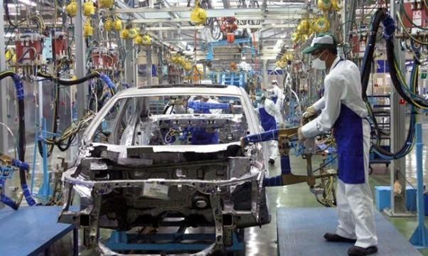 Việc giảm thuế nhập khẩu linh kiện ô tô sẽ khuyến khích các doanh nghiệp lắp ráp trong nước, giảm nhập khẩu xe