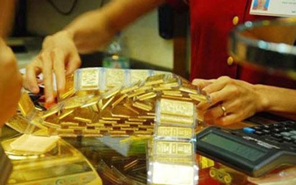 Giá vàng trong nước sáng nay giảm mạnh