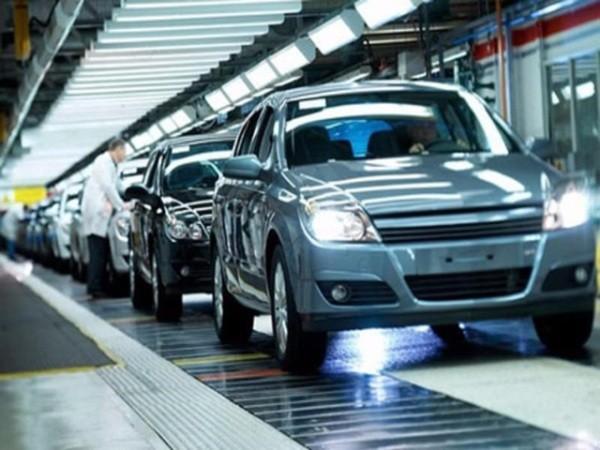 Ô tô cũ nhập khẩu sẽ khó có đất cạnh tranh khi bị tăng thuế hàng trăm triệu đồng