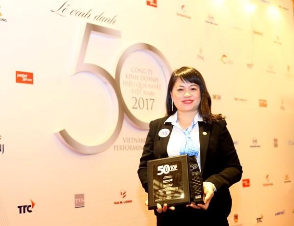Tập đoàn Bảo Việt lọt top 50 công ty kinh doanh hiệu quả nhất Việt Nam
