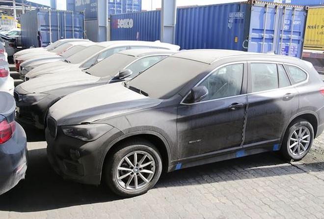 Lô xe BMW của Euro Auto đang nằm tại cảng VICT