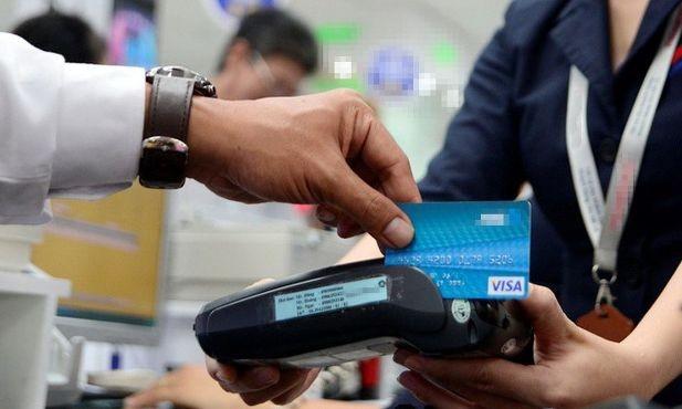 Thanh toán không dùng tiền mặt ở Việt Nam vẫn còn hạn chế