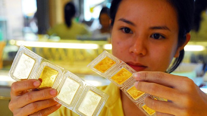 Giá vàng dù chững lại nhưng vẫn đang đứng ở mức cao