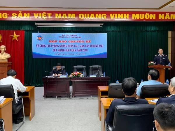 Lãnh đạo Cục Điều tra chống buôn lậu thông tin về tình hình chống buôn lậu của ngành hải quan