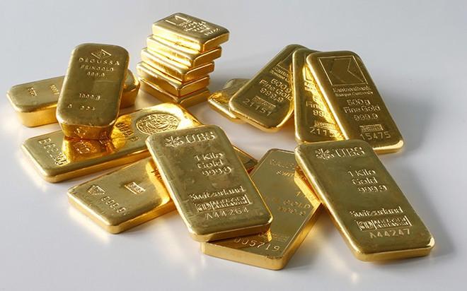 Sau một phiên tăng mạnh, hôm nay giá vàng lại lao dốc