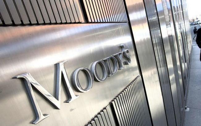 Moody's cho biết đang xem xét có thể hạ xếp hạng tín nhiệm quốc gia với Việt Nam