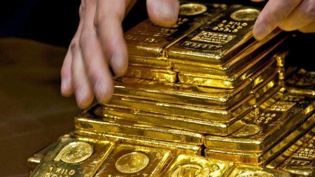 Giá vàng đã giảm mạnh, xuống mức thấp nhất 3 tháng trở lại đây