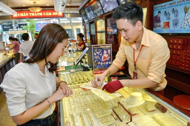 Giá vàng đã chững lại sau 2 phiên tăng mạnh