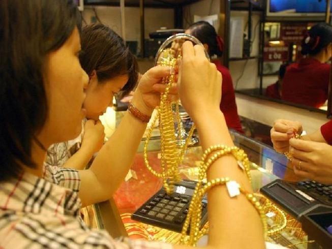 Giá vàng tăng trở lại sau 4 phiên giảm liên tục