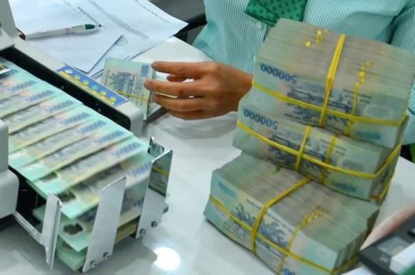 Thanh khoản ngân hàng trở nên dồi dào hơn nhờ lượng lớn tiền mặt quay trở lại sau Tết