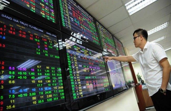 Thị trường chứng khoán có dấu hiệu hồi phục sau nhiều phiên lao dốc