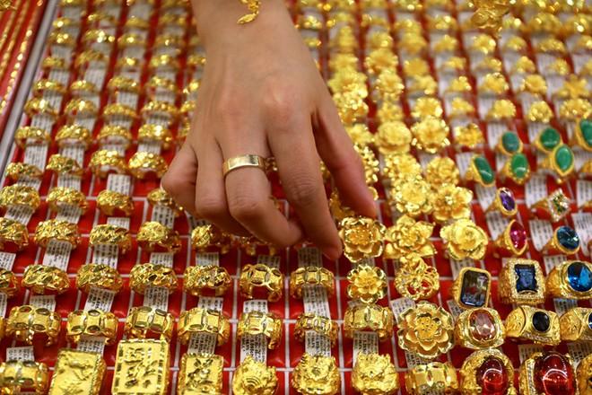 Hầu hết các cửa hàng vàng bạc lớn đều đã đóng cửa phòng dịch Covid-19